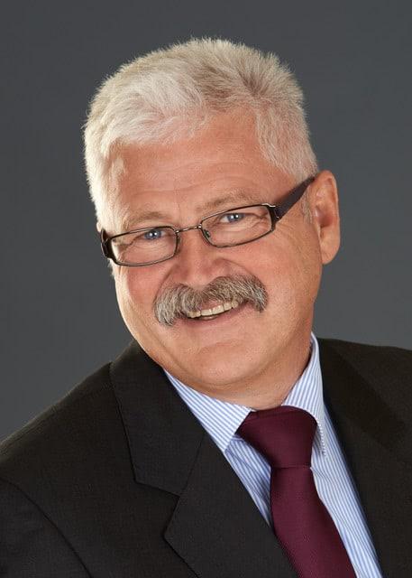Dr Eberhard Kroth